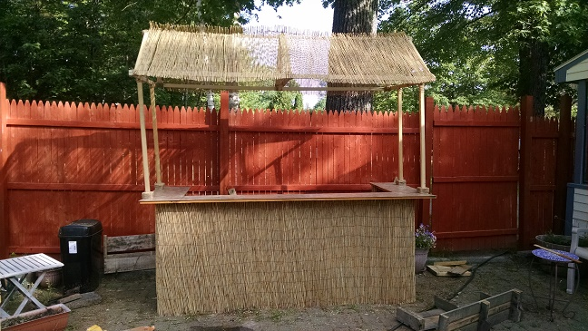 Tiki bar blogs pictures and more on wordpress for Building a tiki bar from pallets